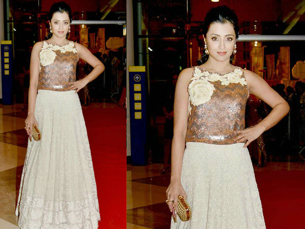 SIIMA 2015 After Party: Trisha Goes Floral In Madison