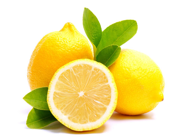 Get Rid Of Dandruff Using Lemon