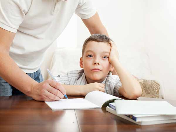 Parents' depression may affect kids' school performance