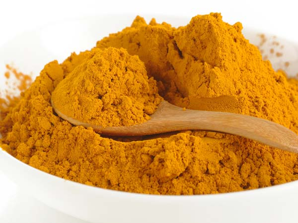 A Perfect Turmeric Face Pack For Multiple Uses
