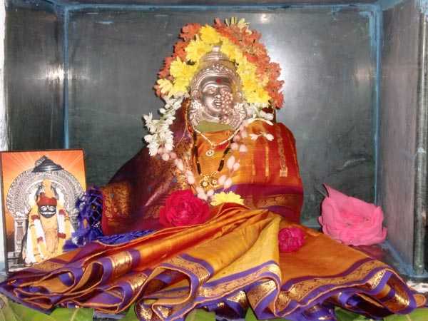 Things To Do On Varamahalakshmi Puja