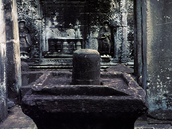 ಭಗವಾನ್ ಶಿವನ 12 ಪವಿತ್ರ ಜ್ಯೋತಿರ್ಲಿಂಗಗಳ ಮಹಿಮೆ....