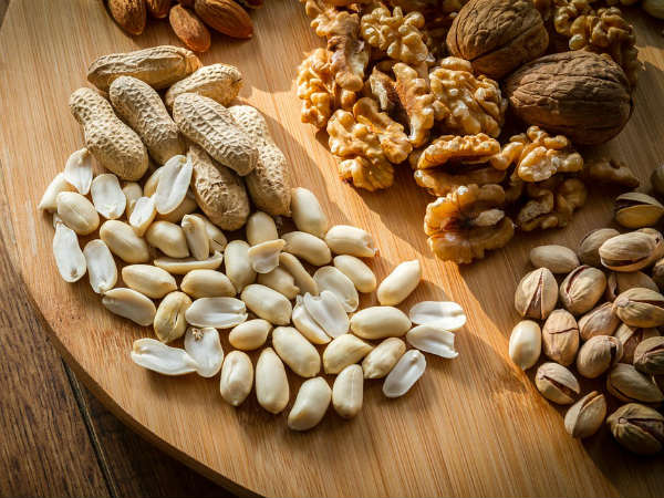 Top health benefits of nuts