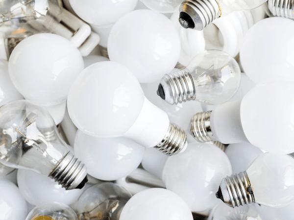 Fluorescent Light Too Dangerous For Health