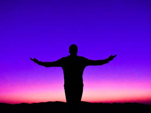 ವಿಧುರನ ನೀತಿಗಳು: ನಿಮ್ಮನ್ನು ಸಂತೋಷವಾಗಿಡುವ 6 ಸಂಗತಿಗಳು