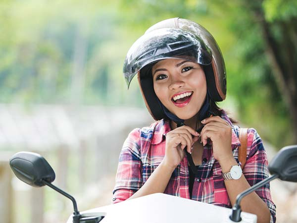 Driving Two Wheeler During Pregnancy Safety And Precautions