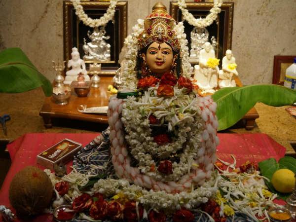 2019ನೇ ಸಾಲಿನ ವರಮಹಾಲಕ್ಷ್ಮಿ: ಪೂಜಾ ದಿನಾಂಕ, ಸಮಯ ಮತ್ತು ಆಚರಣೆಗಳು