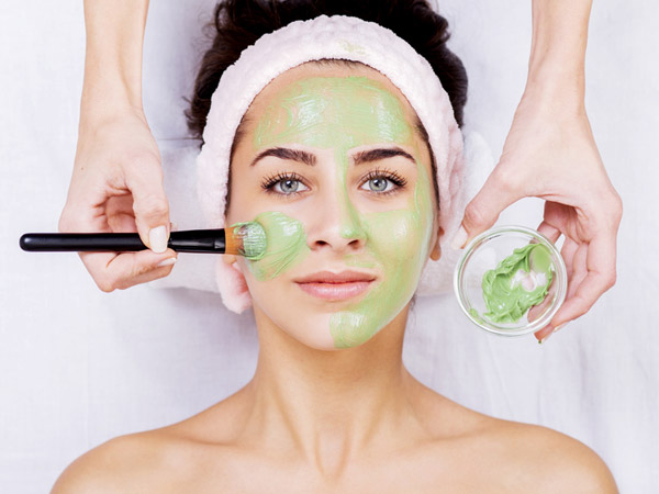 The Red Wine Green Tea Yogurt Face Pack Can Do Wonders For Your Face