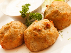 Yummy Aloo Bread Roll Recipe