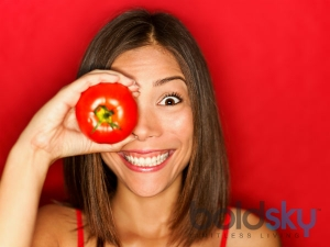 Tomato Face Packs Treat Acne