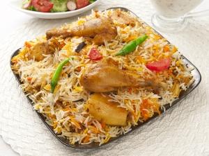 Aloo Chicken Biryani Recipe Must Try Ramzan