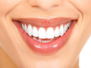 Natural Ayurveda Home Remedies Shiny White Teeth
