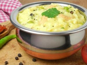 Sankranti Special Sweet Aval Pongal Recipe