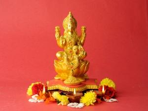 Ashtalakshmi Stotra Chant On Akshaya Tritiya