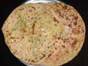 Aloo Parata Recipe By Bharathi Hs