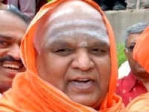 Kodimatha Swamiji Tour North Karnataka Aid