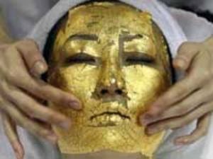 Gold For Skin Effects Aid