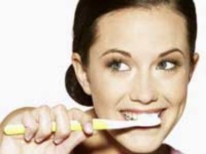Tips To Make Brush Bacteria Free Aid