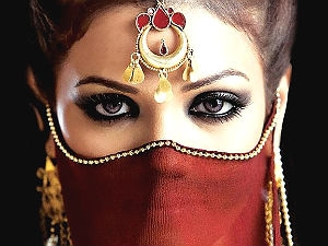 1120 Law To Cover Saudi Women Attractive Eyes Aid0135.html