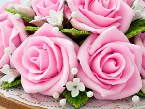 Cleaning Artificial Flowers Aid