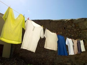 Way To Maintain Iron Free Clothes Aid