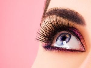 Tips To Grow Eyelashes Naturally