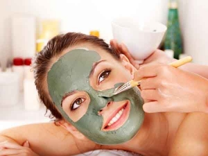 How Apply Face Masks Correctly