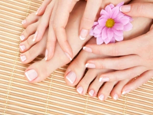 How To Treat Yellow Nails Naturally