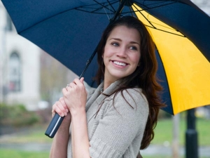 Ways To Avoid Getting Sick This Monsoon