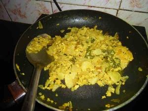 Aloo Egg Fry Bachelor Recipe