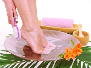 Remedies For Dry Cracked Heels