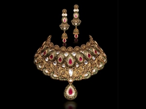 How Clean Jewellery At Home