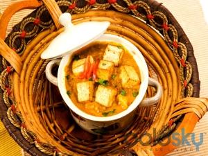 Holi Special Spicy Achari Paneer Recipe