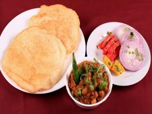 Aloo Bhatura Recipe Breakfast