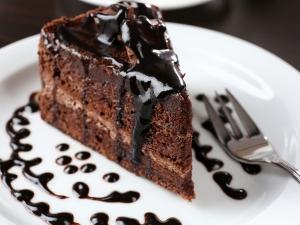 Easy Eggless Chocolate Cake Recipe