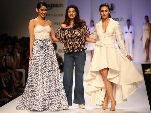 Nikhita Tandon S Sensual Line At Amazon India Fashion Week 2