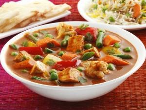 Maharashtrian Special Veg Kolhapuri Gravy Recipe