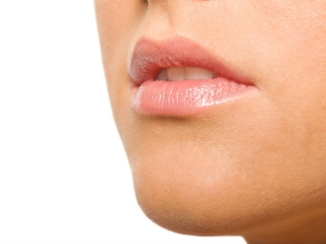 Home Remedies Treat Chapped Lips Kannada