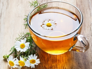 Soothe Period Pain With Chamomile Tea