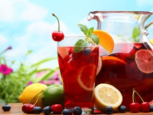 Super Summer Drink Fruit Punch With Ice Cream.html