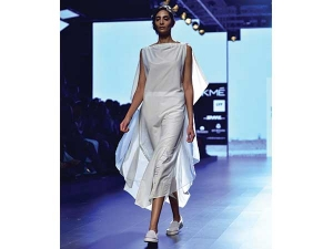 Lakme Fashion Week 2016 Summer Resort Antar Agni S Earthly