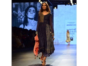 Lakme Fashion Week 2016 Summer Resort Paromita Banerjee S S.html
