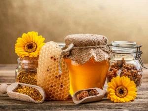 Super Health Benefits Honey During Monsoon