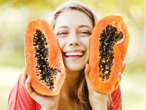 Easy Steps Do The Natural Fruit Facial At Home