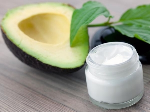 Avocado Face Masks Get Glowing Skin Instantly