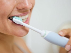 Coconut Oil Is Better Than Any Toothpaste Read Find How