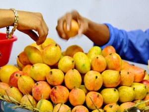 Does Diabetes Run Your Family Then Avoid These Fruits