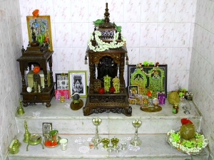 Praying Such Idols Your Home Temple Can Land You Trouble