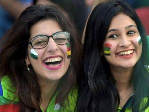 Different Times Indians Were Blown By Pakistani Beauties Du