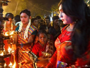 Men Dress As Women Fulfil Vows Kerala Temple